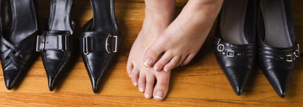 Неудобная обувь причина отеков ног